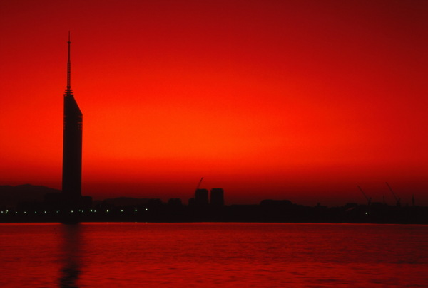 Tower_city_fukuoka